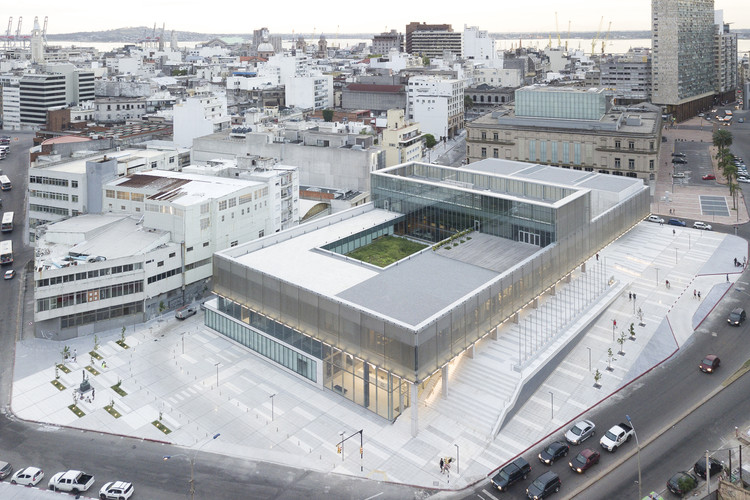 CAF Headquarters / LAPS Arquitectos, © Javier Agustín Rojas
