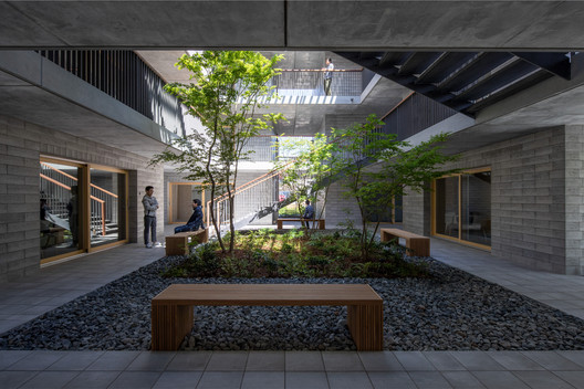 Asahi Facilities Hotarugaike Dormitory KAEDE / Takenaka Corporation