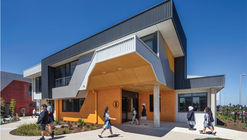 Edgars Creek Secondary College / Brand Architects