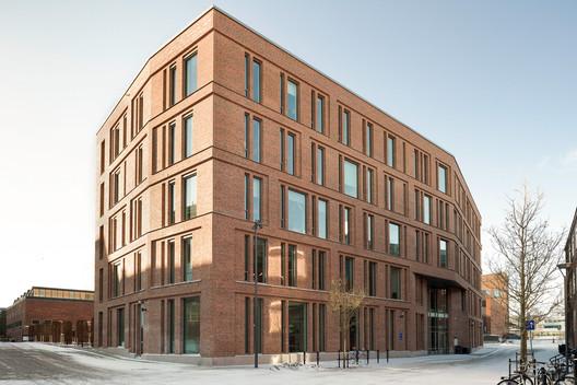KTH Sustainability House / AIX Arkitekter