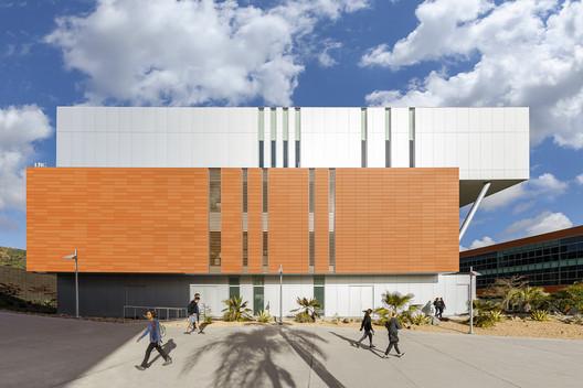 Centro de Recursos de Aprendizagem (LRC) da Palomar College / LPA