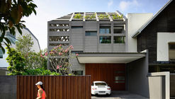 Casa de concreto / HYLA Architects