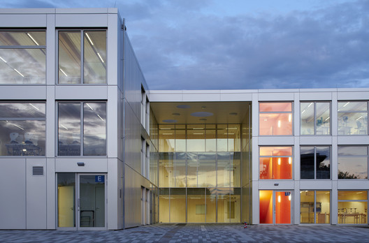 Integrated Secondary School Berlin-Mahlsdorf / NKBAK