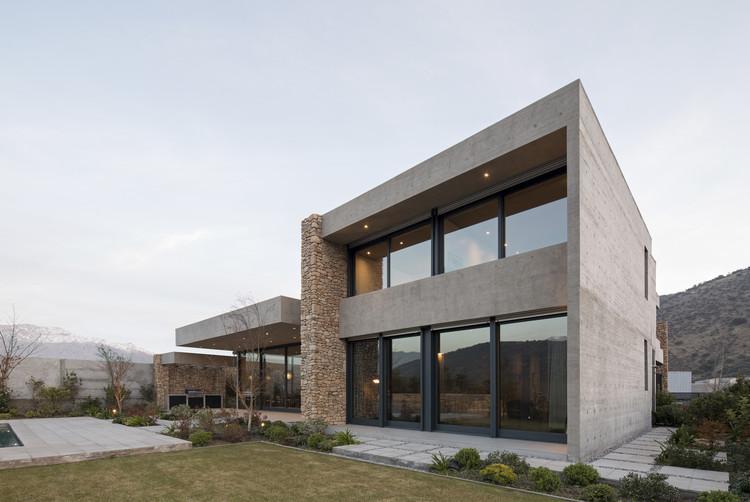 Casa Cerro la Cruz / Turner Arquitectos, © Nicolás Saieh