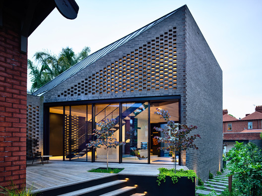 York St. House / Jackson Clements Burrows