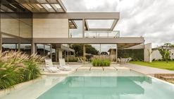 Casa JRZ  / Arquitetare
