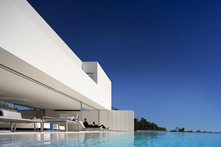 House on the horizon  / Fran Silvestre Arquitectos, © Fernando Guerra | FG+SG