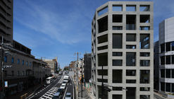 Edificio comercial en Nishinomiya / T-Square Design Associates