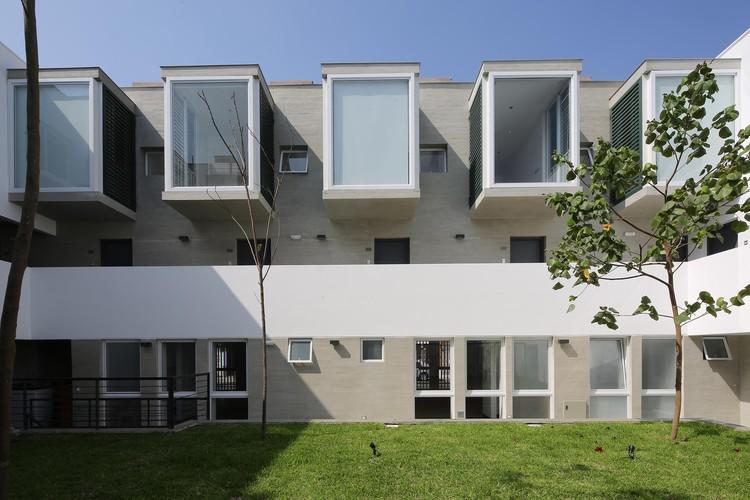 Edificio Santa Rosa / David Mutal Arquitectos, © Alex Bryce