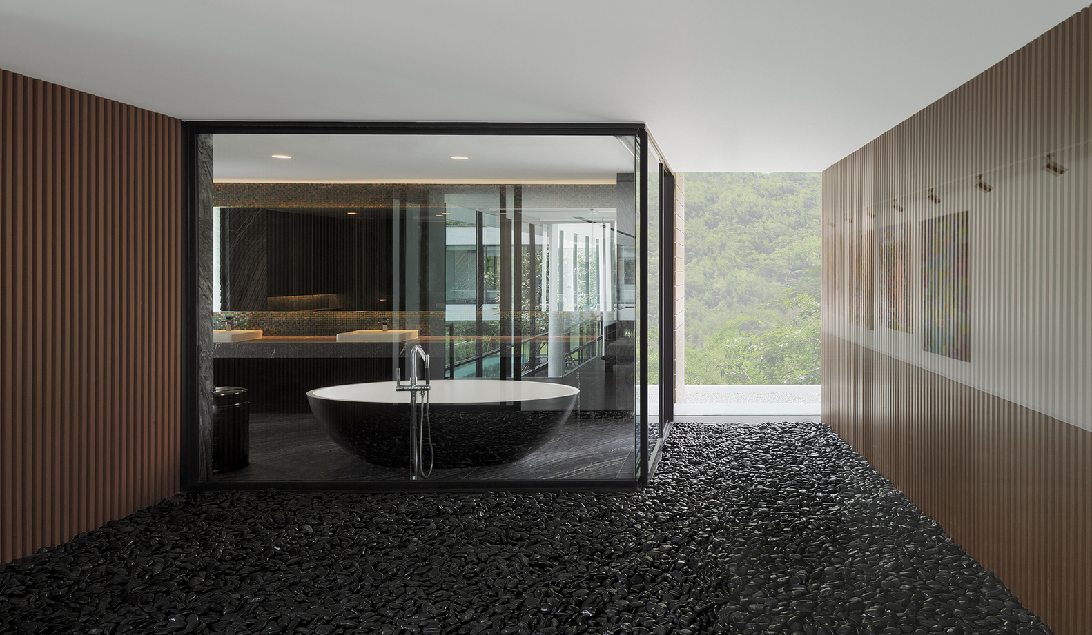¿Cuáles son los mejores revestimientos para baños?,© Soopakorn Srisakul and Ayutt Mahasom. Image Horizontal House / Ayutt and Associates Design