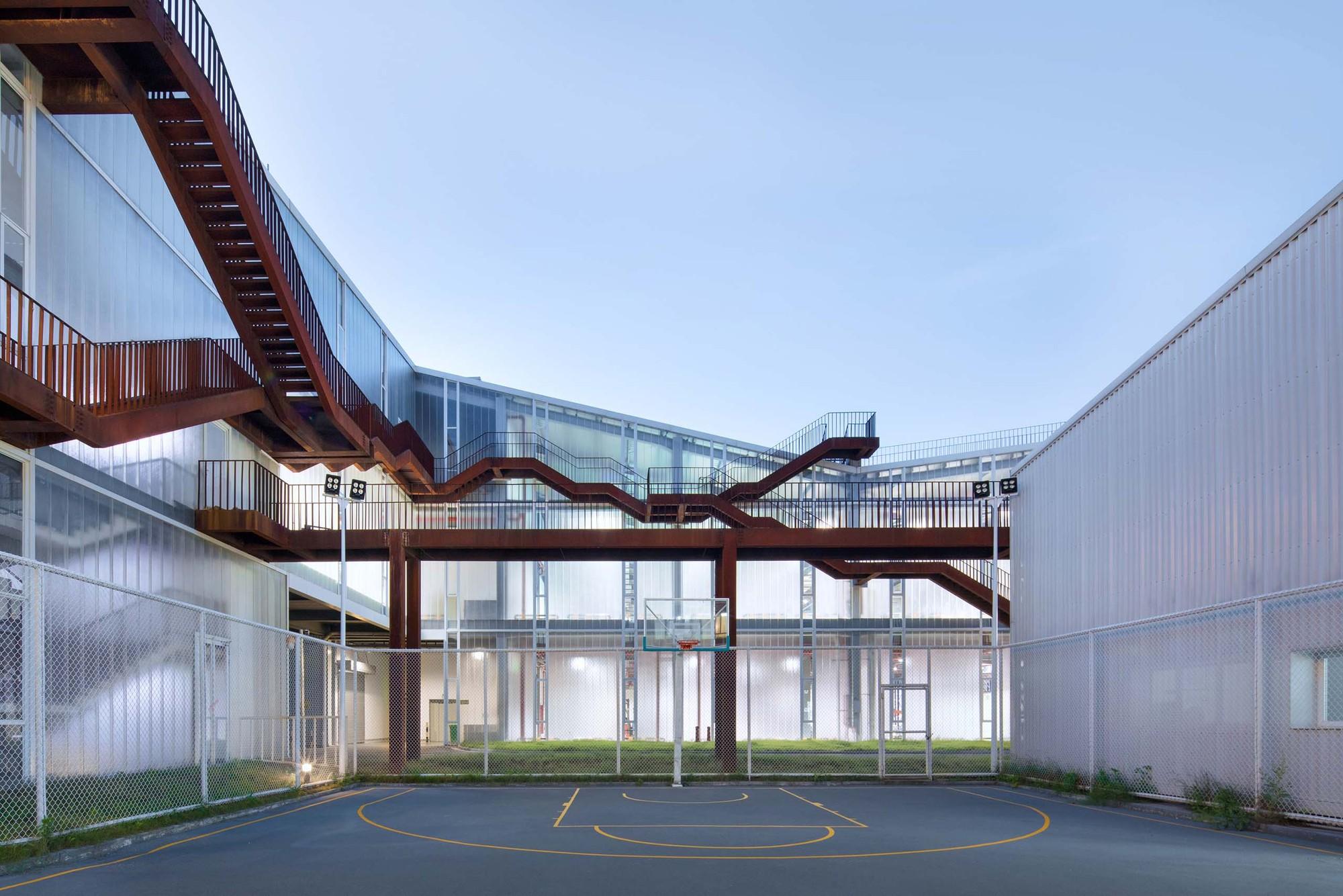 Zhejiang Factory / gad · line+ studio