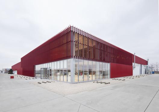 MCE Production Facility / Heim Balp Architekten