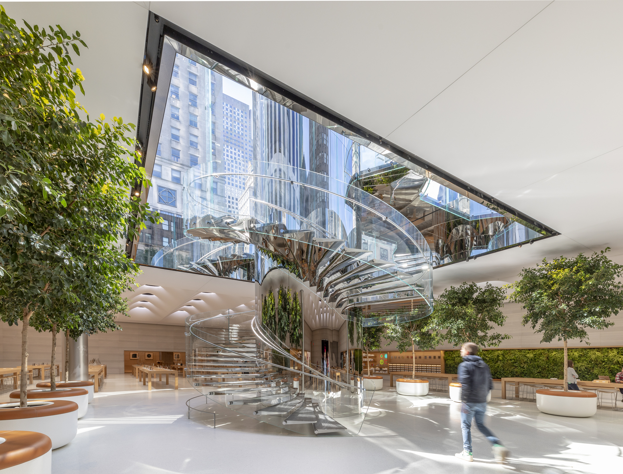 Gallery of Apple Store Fifth Avenue / Foster + Partners - 3