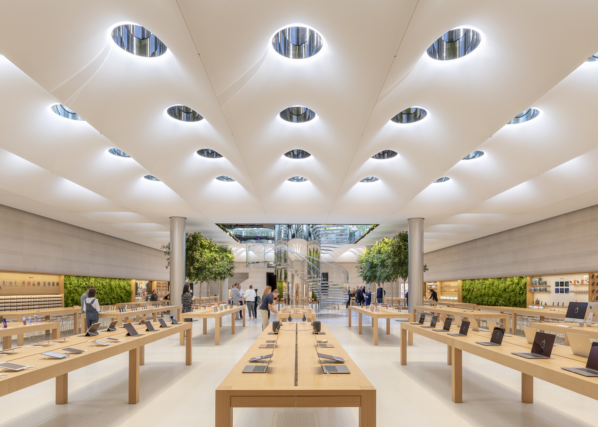 Apple Store Fifth Avenue / Foster + Partners