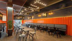 Hamburgueria Stout Burger / Vertentes Arquitetura