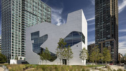 Biblioteca Hunters Point / Steven Holl Architects