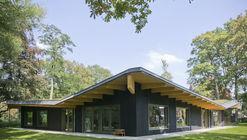 Groenendaal Primary School Park Classrooms  / HUB