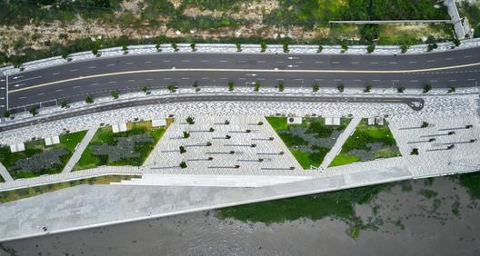 Espacio público gran malecón / Diseños y concepto