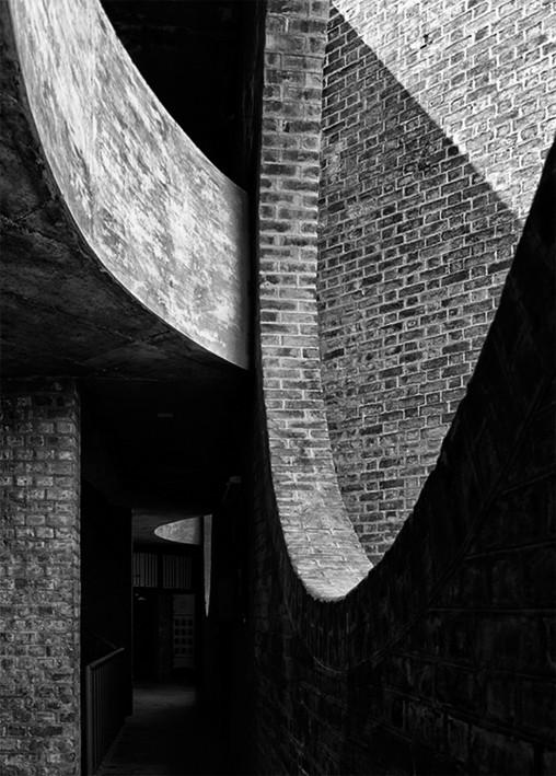 Louis Kahn Indian Institute of Management Ahmedabad. Image © Cemal Emden
