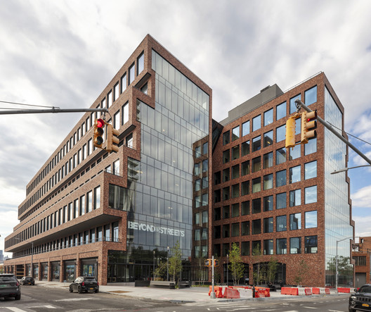 25 Kent Building  / Gensler + HWKN