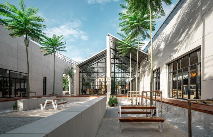 Restaurante Grillicious / ForX Design Studio, © Tinnaphop Chawatin