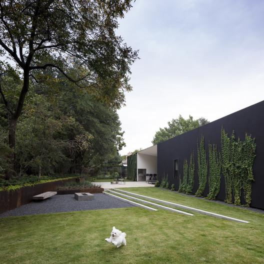 Modern Home / 5G Studio Collaborative