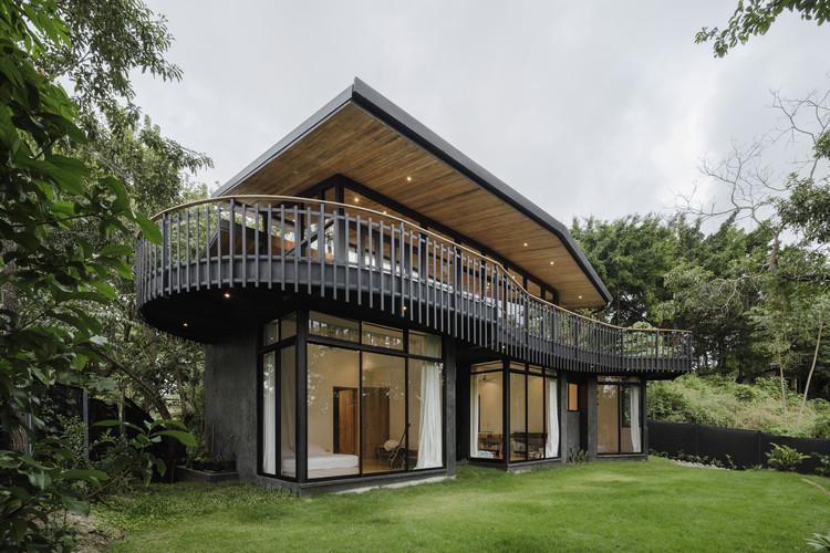 Casa negra  / LSD Architects, © Fernando Alda