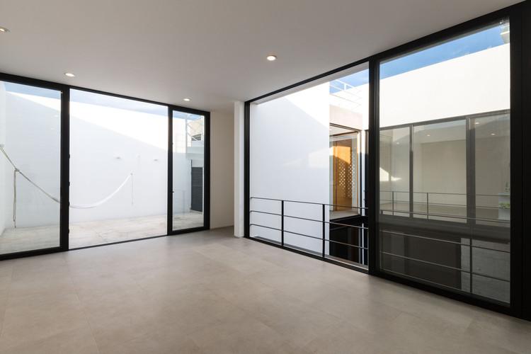Casa de playa / [H] arquitectos. Image © Onnis Luque