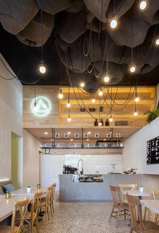Luma Café / Michan Architecture. Image © Vicente Muños