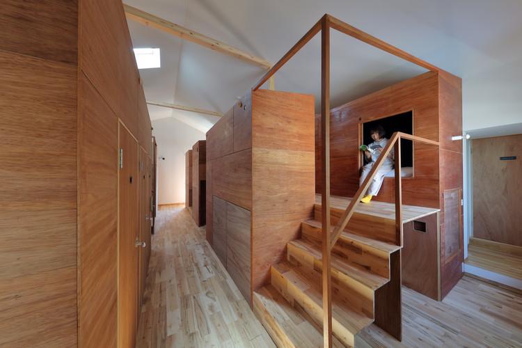 Kyoto Suiden-ann Hostel SUI / Alphaville Architects, © Kei Sugino