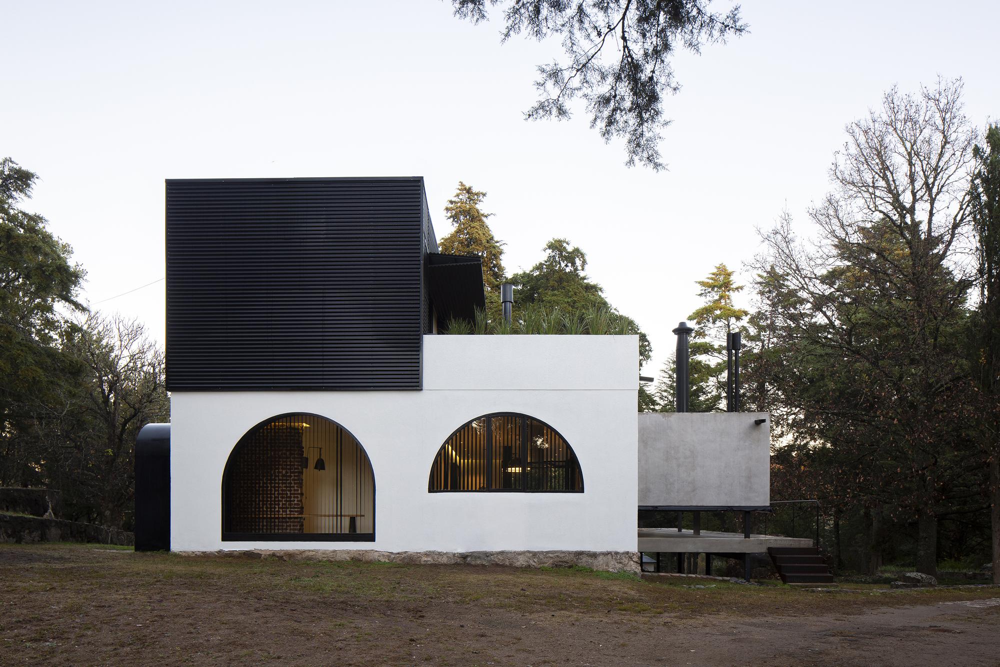 Refurbishment of Alta Vista House / Choza. Espacio de Arquitectura
