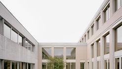Escola Secundária Romanshorn / Bak Gordon Arquitectos + Architekturbüro Bernhard Maurer GmbH