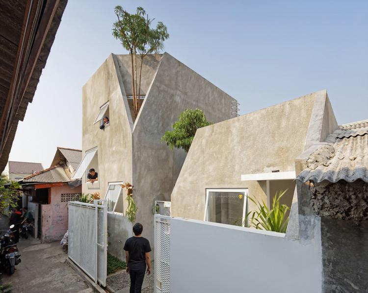 The Twins House / DELUTION, © Fernando Gomulya