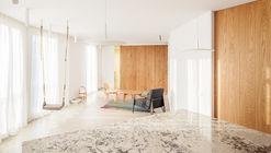 Atic Aribau Apartment  / Raúl Sánchez Architects
