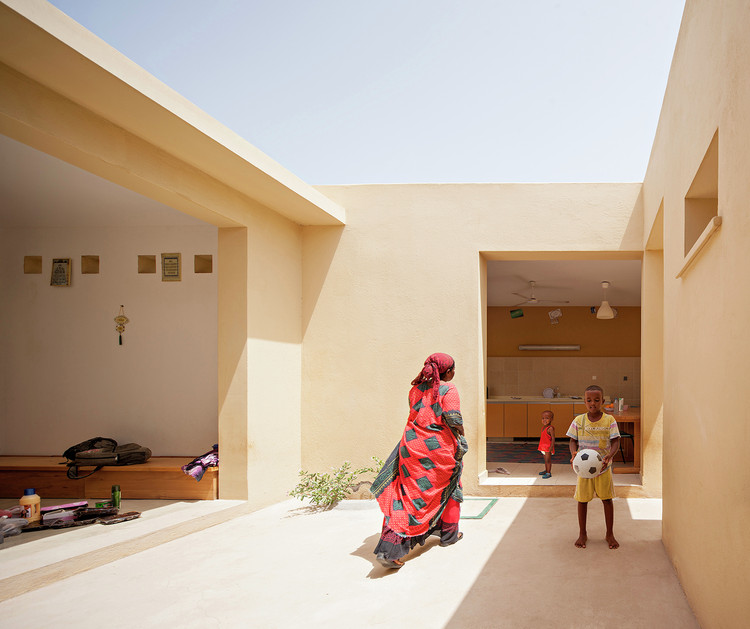 """O que é Habitação de Interesse Social?, Vila """"SOS Children"""" em Djibouti / Urko Sanchez Architects. © Javier Callejas"""