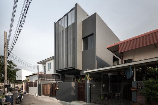 House 41 / Wat Kuptawatin + Kanit Kuptawatin