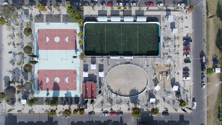 Los Héroes Park / Francisco Pardo Arquitecto. Image © Jaime Navarro