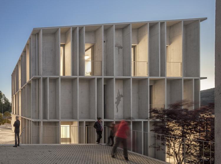 Torre D'Angolo Educational Building / Krausbeck architetto + GSMM architetti, © Fernando Guerra | FG+SG