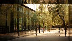La Biblioteca Sant Antoni - Joan Oliver de RCR Arquitectes y su relación con la naturaleza