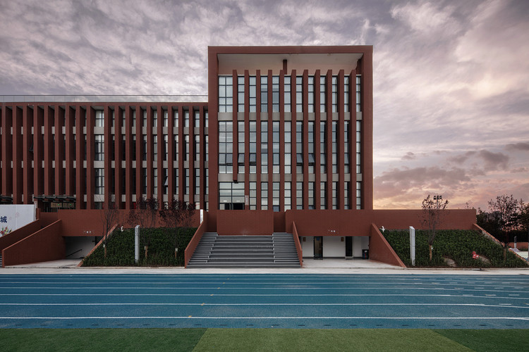 No.1 Middle School of Xi'an Space City / XAUAT, Part of complex building. Image © Xiaoming Zhang