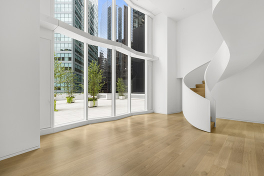 One Hundred East Fifty Third Street 'The Duplex Residence' / Foster + Partners