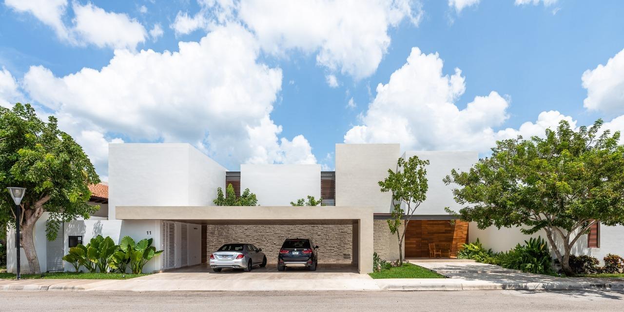 Pedregal House / R79