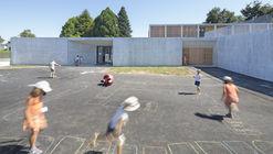 Escola e Centro Recreacional de Elven / Atelier 56S