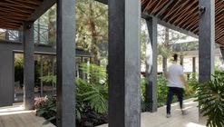 Casa Tres Jardines / Taller de Diseño Exterior y Arquitectura