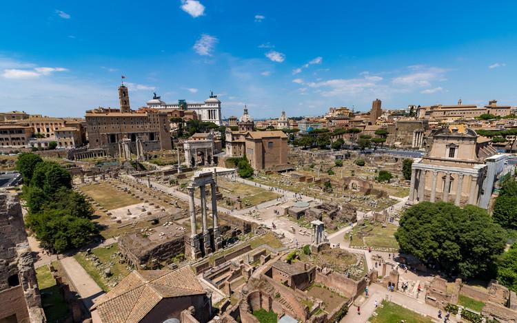 O que a Roma Antiga tem para ensinar às metrópoles brasileiras?, Ruínas do Fórum Romano. Foto: hl_1001 no Visual Hunt / CC BY-NC