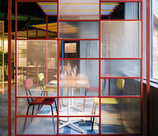Tapa Tapa Restaurant / Q&A Architecture Design Research