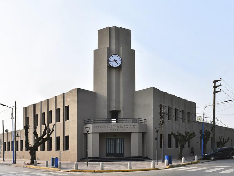 Completan con Steel Framing la única obra inconclusa de Francisco Salamone en Buenos Aires , vía Municipalidad de Escobar
