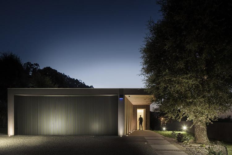 Casa MC / Henrique Soares Pinheiro, © Nelson Garrido