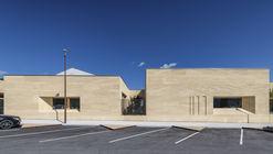 Escuela en Cuges-les-Pins / Antoine Beau Architecture + Kaboom Architecture