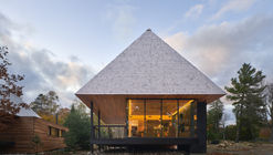 Cabañas Bigwin Island Club / Mackay-Lyons Sweetapple Architects